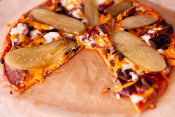 Keto Pizza Przepis Na Keto Kolację 3 KetoManiak.pl Dieta Ketogeniczna | Przepisy | Baza Wiedzy